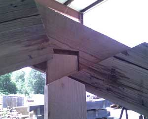 Connection cross section of the top joint of the truss